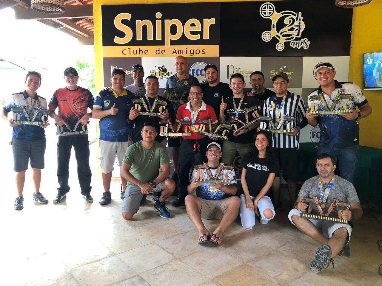 Policiais Militares participam de Campeonato Cearense de Tiro Prático promovido pela FCETP