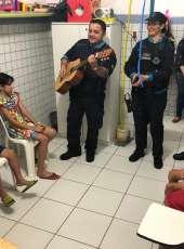 Policiais Militares da 1ªCia do 18ºBPM visitam Instituto Mão Amiga
