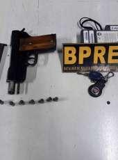 PMCE apreende arma e prende 05 suspeitos em Maranguape-CE