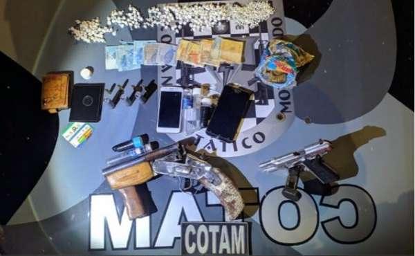 Ponto de venda de drogas é fechado em ação da PMCE na RMF