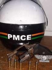 PMCE prende homem armado após abordagem, em Sobral