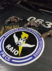 Pai e filho são presos com três armas de fogo na zona rural de Barabalha/Ce