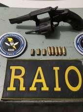 CPRAIO da PMCE apreende arma de fogo após troca de tiros com criminosos em Horizonte/Ce