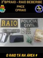 PMCE e PC prendem suspeito por porte ilegal de arma e tráfico de drogas em Beberibe-CE